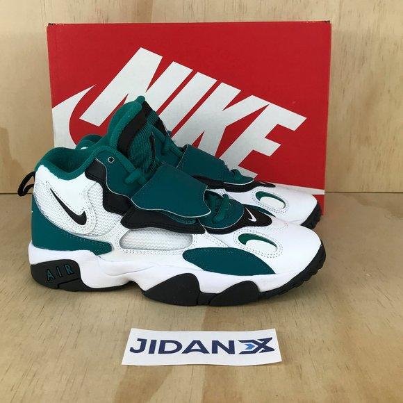 NWT Nike Air Speed Turf GS Big Boys Training Shoes